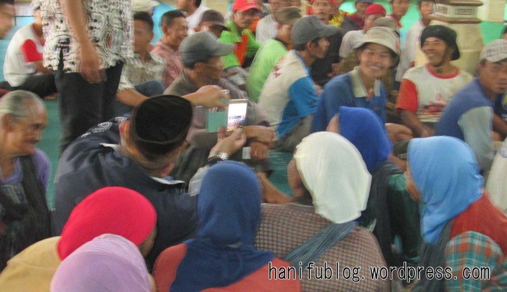 Wonosobo Muda Berbagi di Pasar (3/3)
